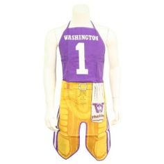 Sweet Apron--could make kids apron our of old sports team shirt.