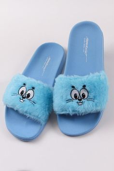 Shoes Flats Sandals, Flat Sandals, Flat Shoes, Nike Air Shoes, Fur Slides, Slippers, Footwear, Shoes Women, Girls Shoes