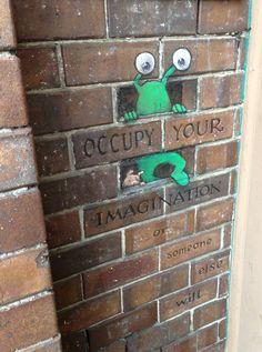 Occupy brickwall Sluggo - David Zinn
