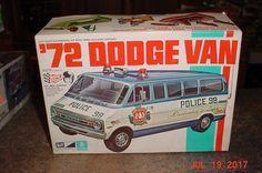 1972 Dodge Tradesman Window Van MPC Started Kit 1 25 for sale online Model Cars Kits, Kit Cars, Plastic Model Kits, Plastic Models, Dodge Van, Covered Boxes, Car Decals, Box Art, Scale Models