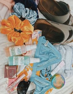 """A VSCO woman is somebody whose lifestyle matches the visual appeals of the VSCO app. Merriam-Webster specifies the """"VSCO girl"""" as . Outfit Ideas For Teen Girls, Summer Outfits, Cute Outfits, Vsco Pictures, Trendy Swimwear, Summer Goals, Summer Aesthetic, Aesthetic Pics, White Girls"""