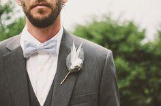 Czas na nowy trend! Styl, elegancja, klasa – szare wesele jest piękne! - Mogłoby się wydawać, że kolor szary jest smutny, zimny, nieodpowiedni w przypadku ślubu i przyjęcia weselnego! Nic bardziej mylnego! Specjaliści już od pewnego czasu zauważają rosnącą popularność szarości, która jest przecież synonimem klasyki, stonowania i elegancji. Nie trzeba wcale stosować... - http://www.letswedding.pl/czas-nowy-trend-styl-elegancja-klasa-szare-wesele-piekne/