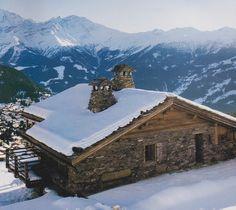 A Swiss ski chalet. #magazinecutouts