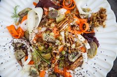 Steamed Lentil Salad with Dulse, Pecans and Olives - Wild Food Cafe Fennel Salad, Sprouts Salad, Meat And Cheese, Rice Vinegar, Healthy Recipes, Healthy Food, Lentils, Carrot, Vegetarian