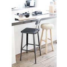 Een echte eyecatcher voor aan je bar deze stoere metalen barkruk! Bar Stools, Kitchen, Furniture, Design, Home Decor, Atelier, Bar Stool Sports, Cooking, Decoration Home