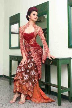 I'm from Malaysia and this is our national outfit :) Kebaya Lace, Kebaya Hijab, Kebaya Dress, Batik Kebaya, Indonesian Kebaya, Indonesian Women, Chinese Gown, Chinese Dresses, Batik Dress
