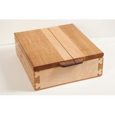 Scottish furniture makers : high resolution pic of jewellery box