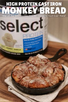 With 82 grams of protein and just 102 grams of carbs, youll have this ooey-gooey monkey bread on repeat all year long. And the original recipe is still kinda healthy so even if you dont have protein powder on hand, you gotta make this! High Protein Desserts, High Protein Recipes, Healthy Desserts, Healthy Recipes, Healthy Breakfasts, Protein Bread, Protein Foods, Protein Cake, Protein Muffins