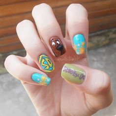 omnails:      Scooby-Doo!  (facebook) (+nails)    Again I apologize for the title that didn't fit in the nail, I promise to practice more! xx :)