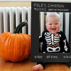 totally doing this someday :)Radiology humor Funny Kids, Cute Kids, Cute Babies, Radiology Humor, Rad Tech, Tech Humor, Cute Halloween Costumes, Work Humor, Baby Grows