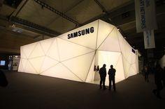 Pop up Shop | Pop up Store | Retail Design | Retail Display | Samsung Pop-Up Showroom at MWC 2013