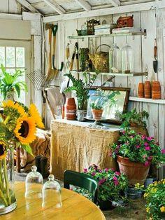 Eye For Design: Garden Shed Chic