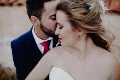 No hay más amor que el poder compartirlo toda la vida. Boda de Elia & Javi una pareja �� #boda #wedding #bride #couple #amor #love #rincones #weddingdress #weddingday #weddingphotography #destinationweddingphotographer #weddingphotographer #fotografodeboda #fotografoalmeria #fotografovicar #fotografovera #josedanielfotografia #instagram #portrait #beautiful #almeria #cabodegata #sanjose #almeriatrending #vestido @rosa_clara http://gelinshop.com/ipost/1521046860981143708/?code=BUb2A-rgQic