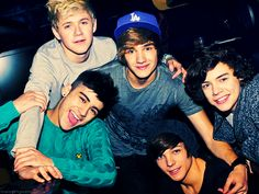 LOVE YOU One Direction!!