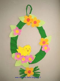 maestra Nella: decorazione pasquale Holiday Crafts For Kids, Easy Crafts For Kids, Art For Kids, Fall Classroom Decorations, School Decorations, Easter Art, Easter Crafts, Marshmallow Flowers, Crochet Crown
