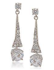 Pendants d'oreilles linéaires argentés avec cristaux Demi
