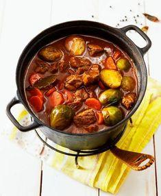 Lihapata x 4: parhaat reseptit | Meillä kotona Finland Food, Pork Recipes, Cooking Recipes, Cooking Ideas, Work Meals, Cheap Meals, Bon Appetit, Food Porn, Food And Drink
