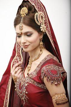 Beautiful Indian bride by Mona Vora