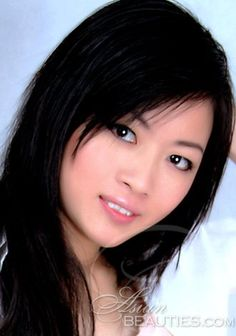 Dating free Asian women: Qi from Nanning, 26 yo, hair color Black