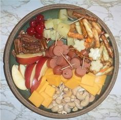 Monkey Platters—Finger-food for Kids Whipped Peanut Butter, Finger Foods For Kids, Bite Size Snacks, Stop Eating, Kid Friendly Meals, Recipe Collection, Kids Meals, Bento, Good Food