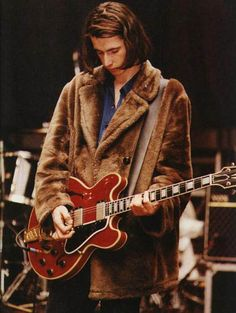 Bernard Butler with ES355 TDSV. Sweet!