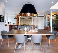 Une maison épurée | CHEZ SOI Photo: ©TVA Publications | Yves Lefebvre #deco #visiteguidee #inspiration #maison #salleamanger