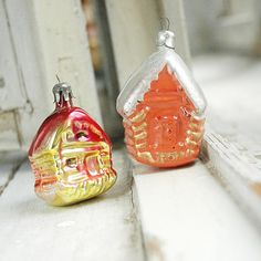 Sorry for christmas spam(; but christmas is in the air!;-))) lovely vintage christmas ornaments;-) #etsy #etsyshop #etsyelite #etsyfinds #etsyshare #etsyvintage #etsychristmas #etsyhomedecor #christmastree #craftsposure #christmaslights #christmasornament #vintage #vintagechristmas #theetsyshowcase #myetsyshop #house #winterhouse #christmasdecor #christmashouse #orange