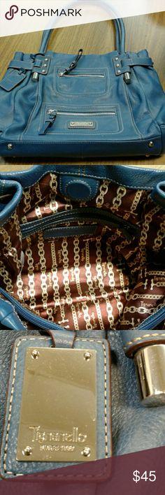 Tignanello Purse Gently used!  Excellent condition! Tignanello Bags Shoulder Bags