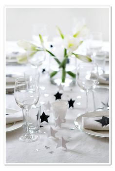 Simple diy table decorating.