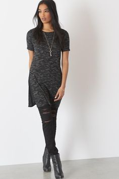 This casual maxi tunic tee belongs in your shopping cart (like now)