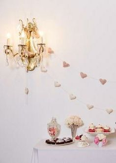 How to throw a Valentine's dessert party!