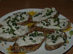Бутерброды с селёдкой Grains, Rice, Food, Meals, Yemek, Laughter, Jim Rice, Eten