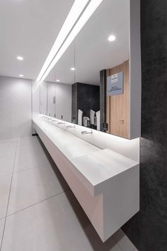 Touch Free Tubular Electronic Taps by Stern installed at Centro Comercial Plenilunio, Madrid