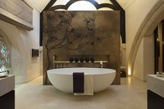 Extravagant bathroom