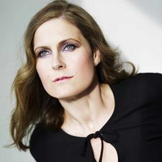 Alison Moyet (June 18, 1961) British singer, known from the band Yazoo.