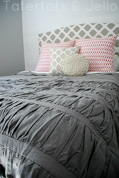 Diy duvet cover from shower curtain. Like the grey and ruffle