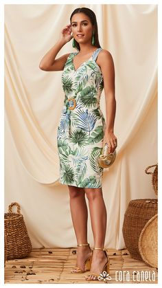Casual Dresses, Fashion Dresses, Tropical Outfit, Look Office, Bollywood Outfits, Cocktail Outfit, Evening Dresses, Summer Dresses, Professional Attire