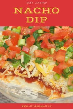 Making this Easy Layered Nacho Dip Recipe only takes a few minutes but it is SO. You probably already have all the ingredients at home to whip this up for a pot luck or Super Bowl party. Layered Nacho Dip, Party Dip Recipes, Quick Dip, Healthy Dips, Easy Family Dinners, Big Game, Nachos, Side Dish Recipes, Slow Cooker Recipes