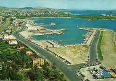 Athens - Glyfada 70's Greece History, Unique Quotes, Athens Greece, Old City, Historical Photos, Old Photos, City Photo, Romantic, Water