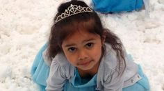 """But despite the incident, something wonderful happened to Samara. Shocked by the attack, Australians have since crowned Samara a """"queen"""". 3 Year Old Girl, Disney Queens, Bless The Child, Real Queens, Old Dresses, Queen Elsa, Three Year Olds, Samara, Tell Her"""