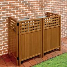 Yard Accessories - modern - fencing - toronto - by Roma Fence - hide trash cans or heat pump systems Trash Can Storage Outdoor, Garbage Can Storage, Garbage Shed, Outdoor Trash Cans, Bin Storage, Storage Ideas, Backyard Storage, Backyard Projects, Outdoor Projects