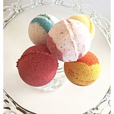"SET OF 5 BATH FRUIT SCENTED BATH BOMBS FOR KIDS AND ADULTS This gift spa set is made up of five big size (2.75"" diameter) round bath bombs each scented in a different scent:  Cucumber Melon Peach Blueberry Mango Papaya Raspberry  This is the perfect gift for kids as well as spa set for adults! Make a spa party at your home! Also it might be a great christmas gift for your friends!"
