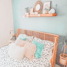 Mein Zimmer Beautify With Garden Plants Article Body: There are many ways to make your house and law Cute Room Ideas, Cute Room Decor, Teen Room Decor, Room Ideas Bedroom, Girl Bedroom Designs, Bedroom Decor, Bedroom Inspo, Aesthetic Room Decor, Dream Rooms