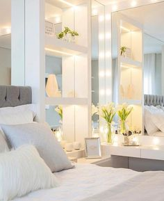 This is a Bedroom Interior Design Ideas. House is a private bedroom and is usually hidden from our guests. However, it is important to her, not only for comfort but also style. Much of our bedroom … Stylish Bedroom, Modern Bedroom, Home Bedroom, Bedroom Decor, Bedroom Mirrors, Bedroom Ideas, Master Bedrooms, Bedroom Wall, Mirror Walls