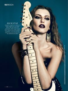 Vamos Combinar – Models Adriana Caye and Veroni transform from elegant divas to rock and roll royalty in Yossi Michaeli's high gloss images shot for the July edition of Elle Brazil. Styled by Ana Cristina Tondine, the duo enchants with transformative hair and makeup by beauty artist Lavoisier. / Fashion editor – Rita Lazzarotti