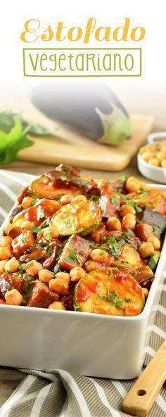 El estofado vegetariano es una preparación sencilla, deliciosa y sobre todo muy deliciosa. Es la opción ideal para cuando quieras comer algo rápido y nutritivo. Es un rico caldo, donde no extrañaras la carne.