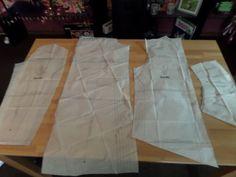 3 Habe nun das Schnittmuster vorbereitet soweit und bin nun bereit es auf den Stoff zu übertragen, allerdings muss ich unterhalb noch was kürzen da ich erst einmal eine geschlossene kurze Jacke erstellen werde bevor es zum kompletten Mantel wird ;-)