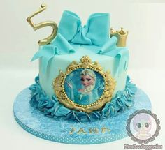 Elsa Frozen Birthday Cake
