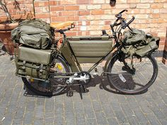 The 12 Best Bug Out Vehicle Ideas For Preppers - From Desk Jockey To Survival Junkie Camping Survival, Survival Prepping, Go Camping, Survival Gear, Touring Bicycles, Touring Bike, Rando Velo, Kayaks, Fat Bike