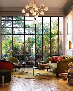 Gorgeous reading room via Best Interior, Home Interior, Interior Design, Design Art, The Great Gatsby, Gatsby House, Coffee Table Next, Mid-century Modern, Floral Sofa
